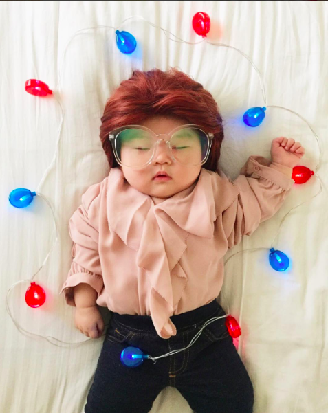 Baby Joey as Barb! (all photos: Instagram @lauraiz)