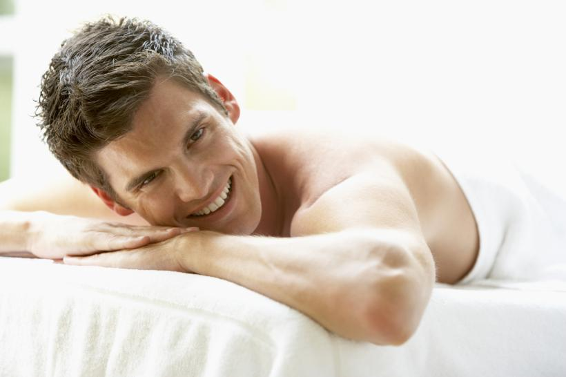 here's 5 things every massage therapist wishes guys would stop doing!