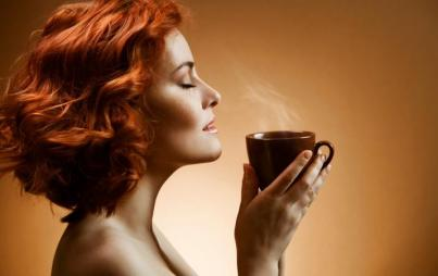 Coffee is so amazing that I want to smell it while naked. (Credit: ThinkStock)